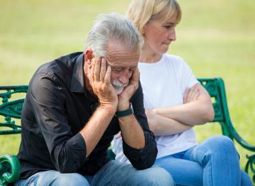 Beziehungsprobleme im Alter bewältigen
