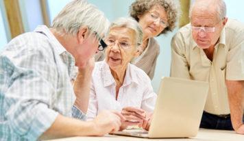 Online Banking im fortgeschrittenen Alter – Computerkurse für Senioren