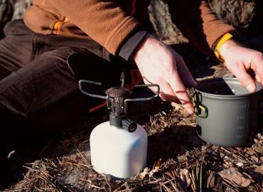 Wie funktioniert ein Kartuschenkocher mit Gas?