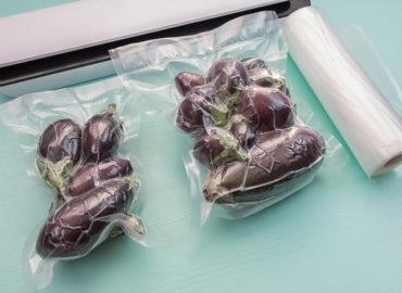 Ein Vakuumiergerät erhöht die Haltbarkeit von Speisen
