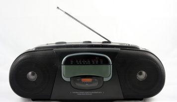 Von Kurbelradios bis zu modernen Stereoanlagen – die Geschichte des Radios