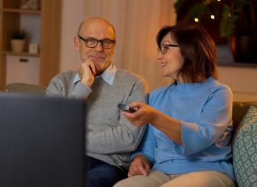 TV-Gerät bedienen mit Senioren Fernbedienung
